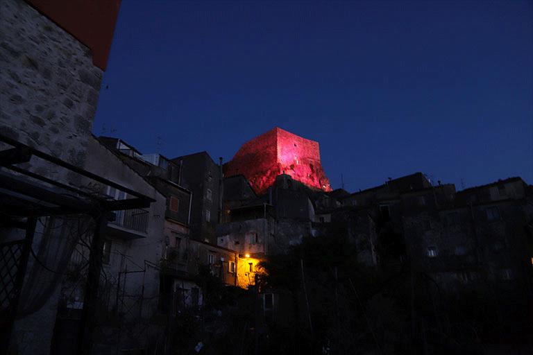 Guardia-Sanframondi-Castello-Medievale_