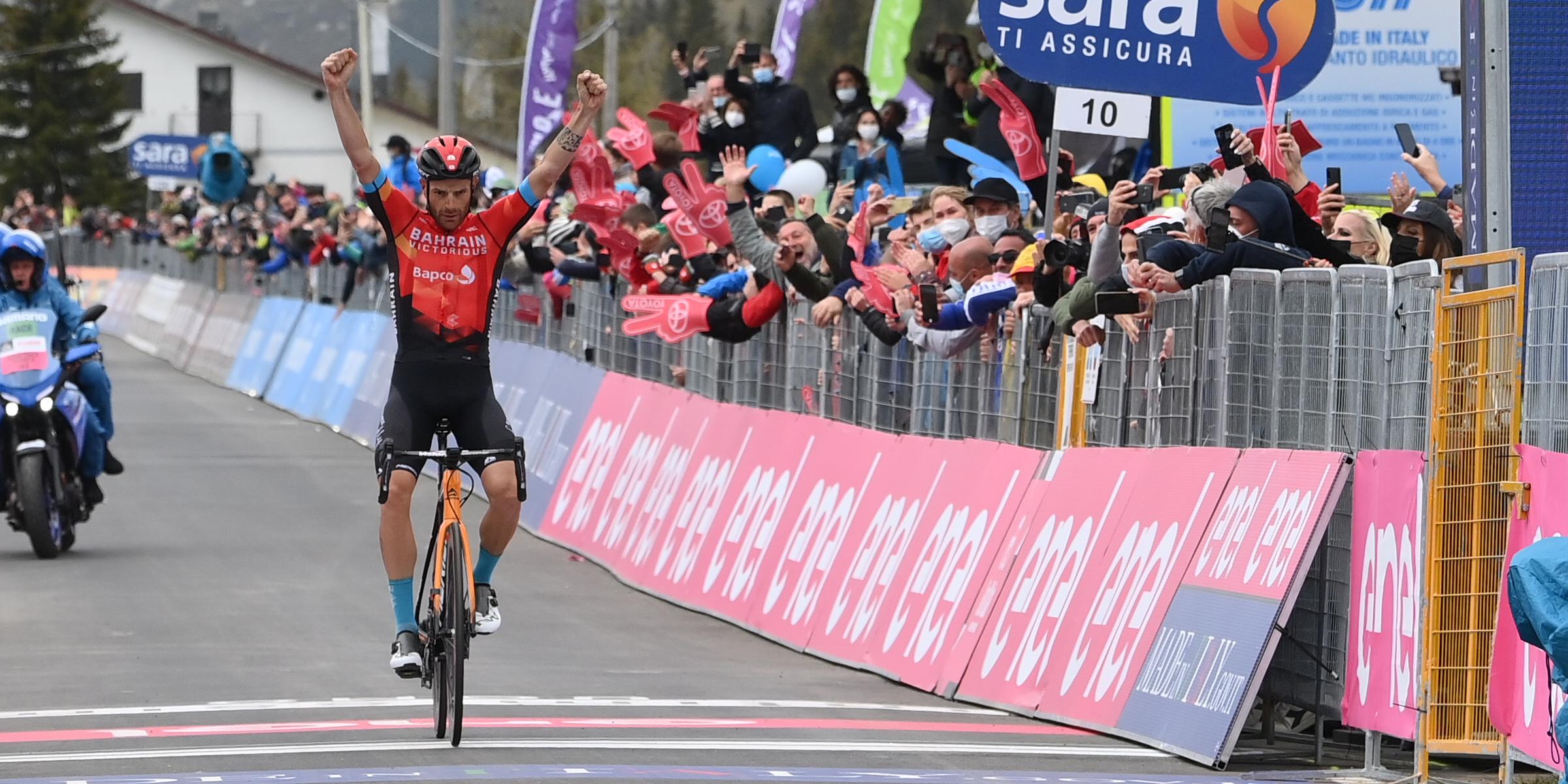 Damiano Caruso vince la tappa 20 del Giro d'Italia! Bernal difende la Rosa