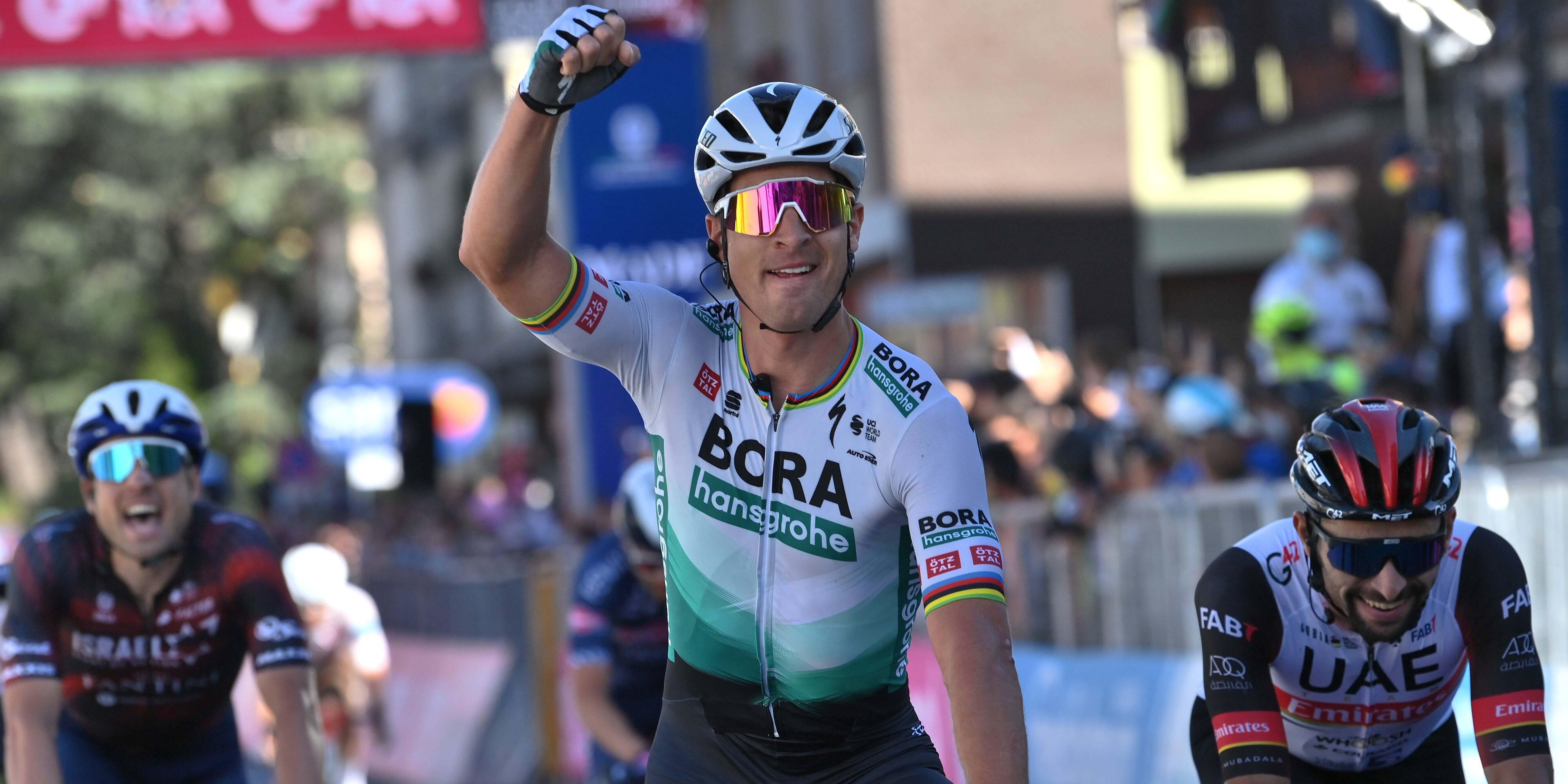 Peter Sagan vince la tappa 10 del Giro d'Italia! Egan Bernal sempre in Rosa