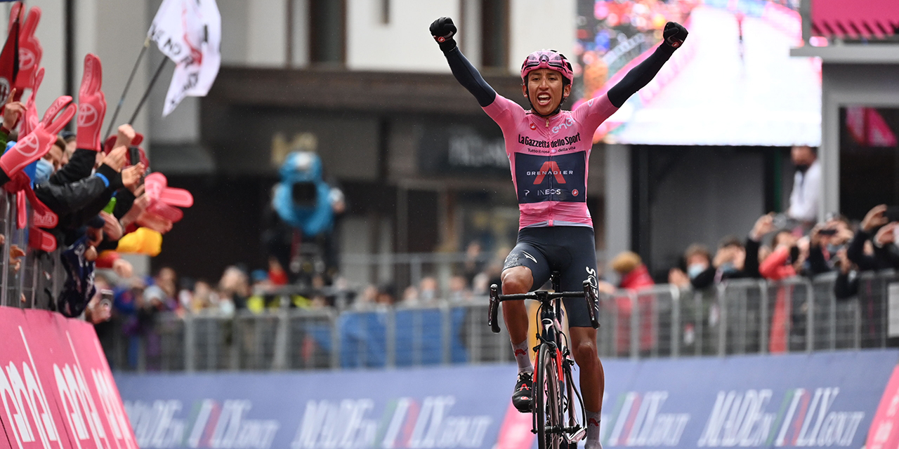 Egan Bernal wins stage 16 of the Giro d'Italia and increases his lead in the GC