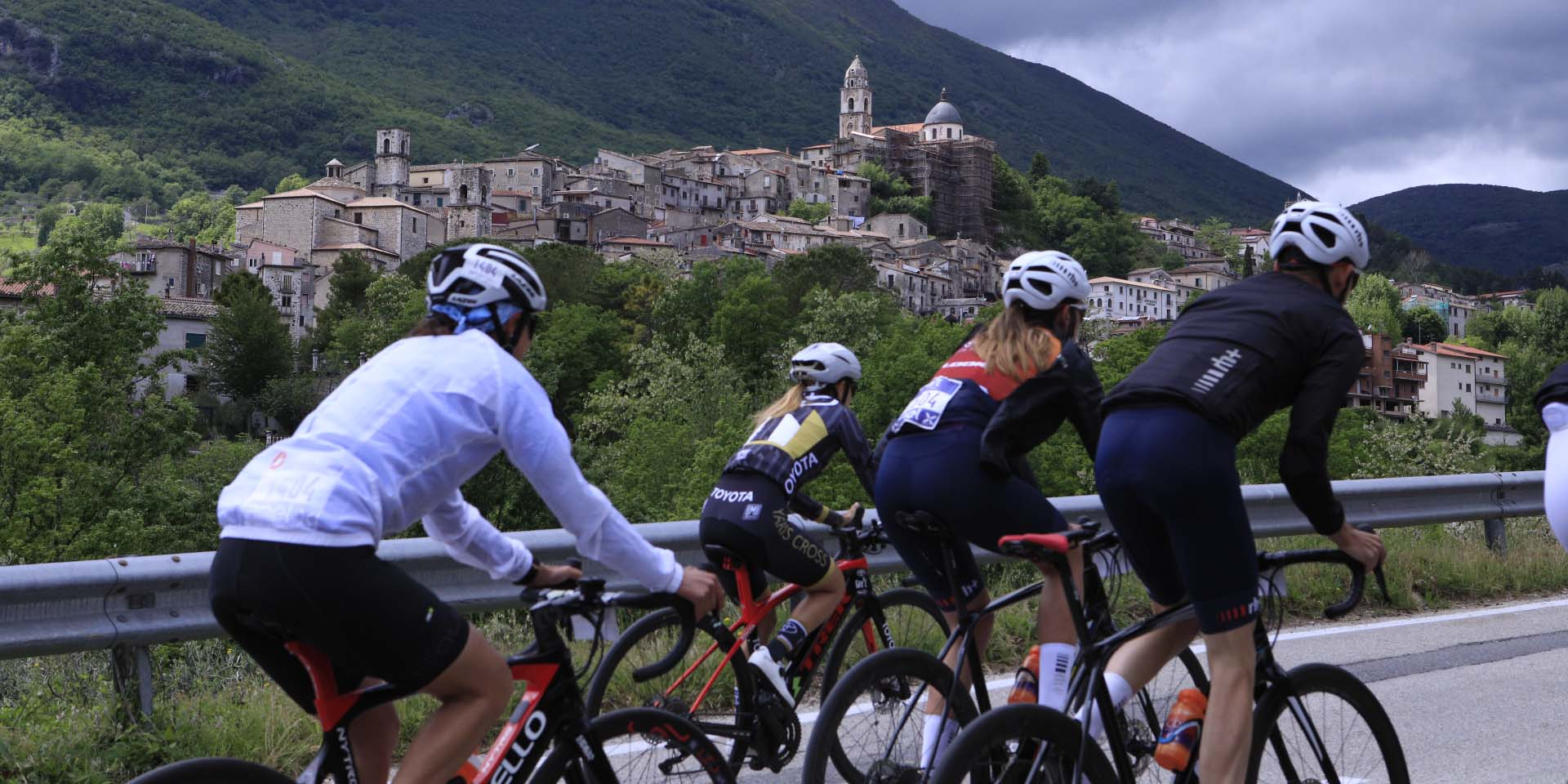 Tappa numero 8 del Giro-E 2021, si parte dalla bella Vinchiaturo senza fare alcuna fatica